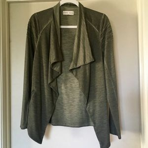 Sale 💵 3/$25 Knox rose drape cardigan sweater